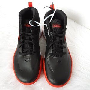 Adidas basketball sneaker big boy size 7